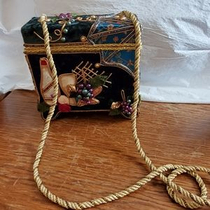 💯MARY FRANCES NOVELTY COLLECTION WINE BAG